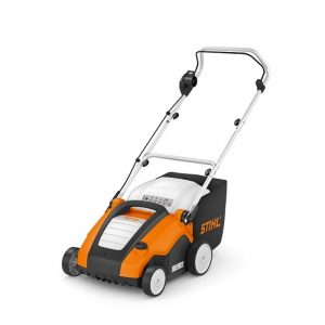 Compact electric lawn scarifier with aerator roller RLE 240